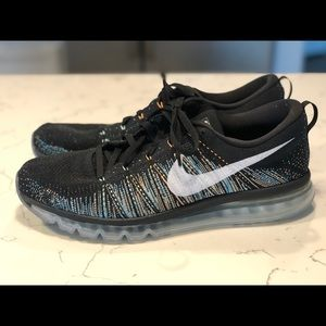 Nike Flynit Air Max Size 15
